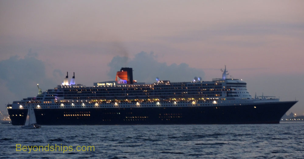 Queen Mary 2, cruise liner