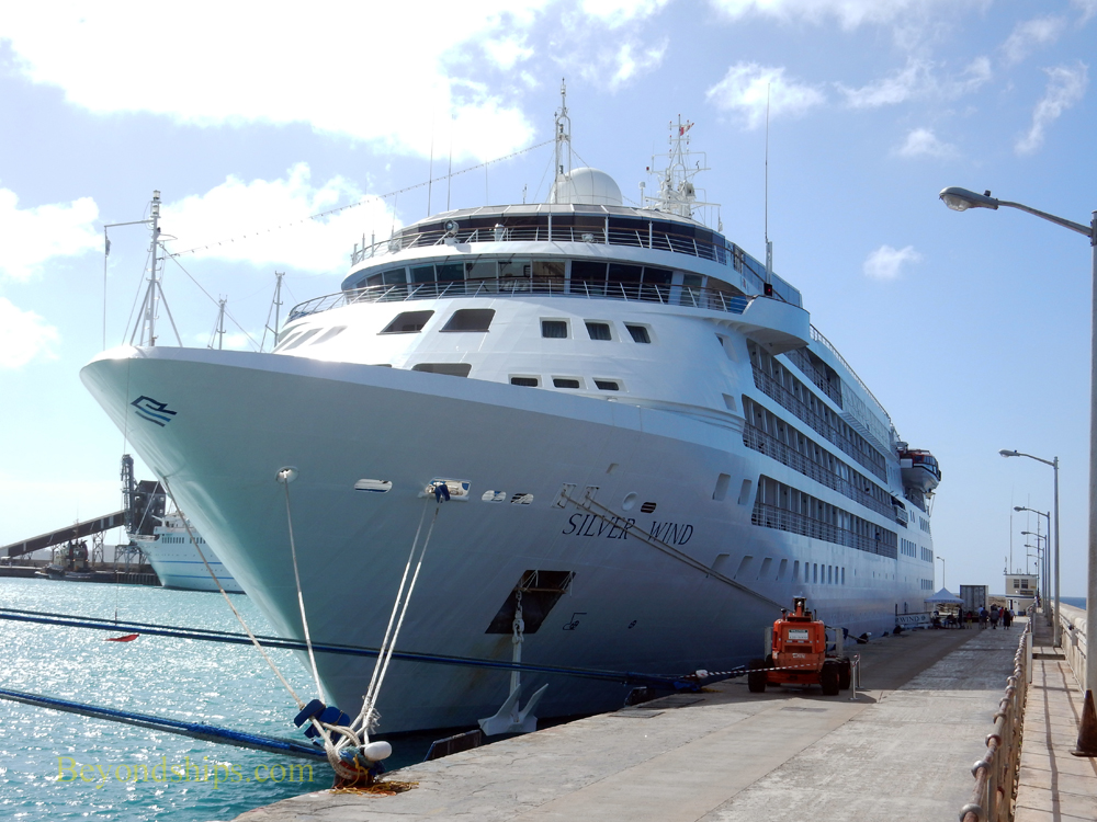 Picture Cruise ship Silver Wind