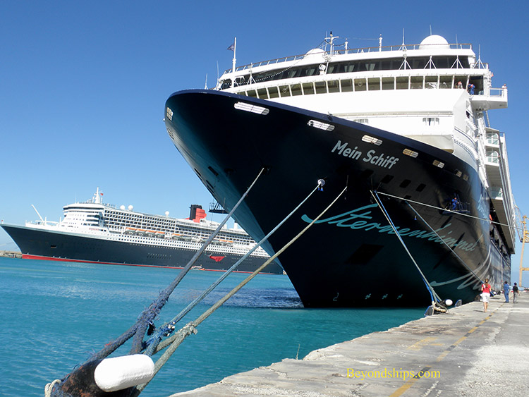 Mein Schiff 1 with Queen Mary 2