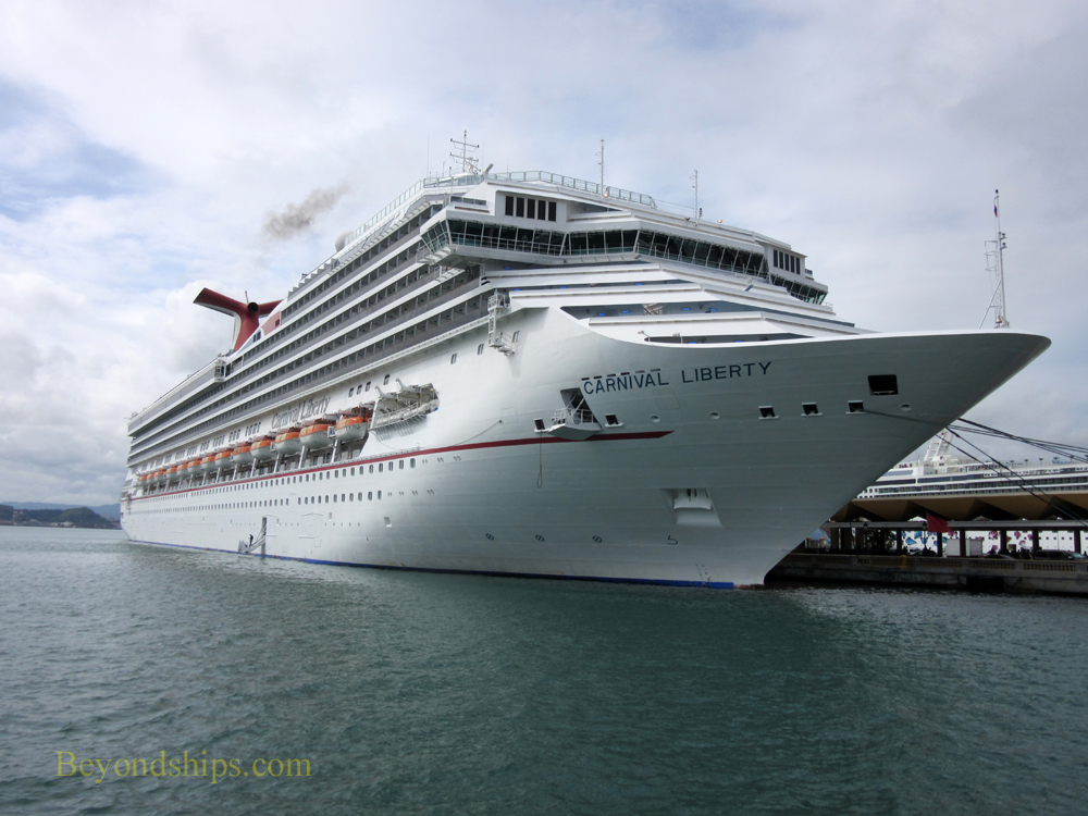 Cruise ship Carnival Liberty