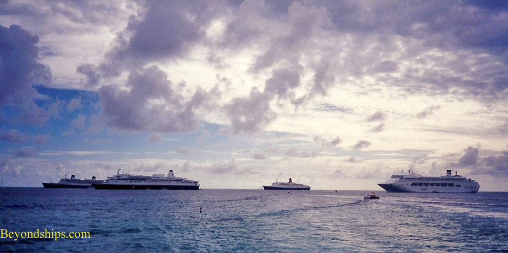 Cruise ships anchored off St. Marrten