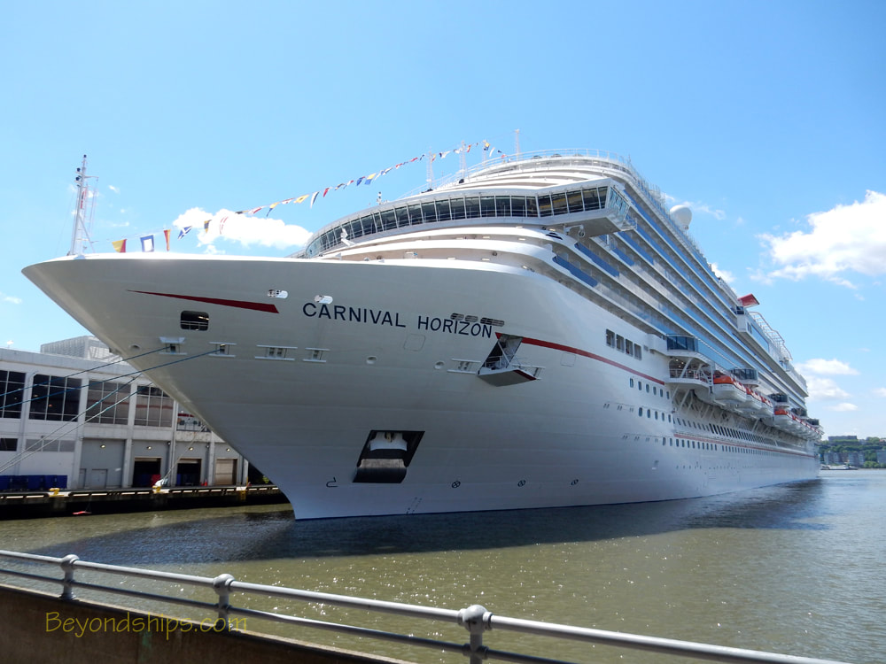 Cruise ship Carnival Horizon in New York