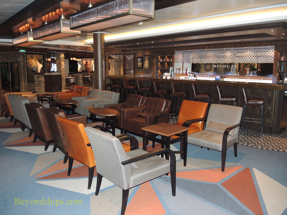 Tobacco Road bar on Norwegian Escape cruise ship