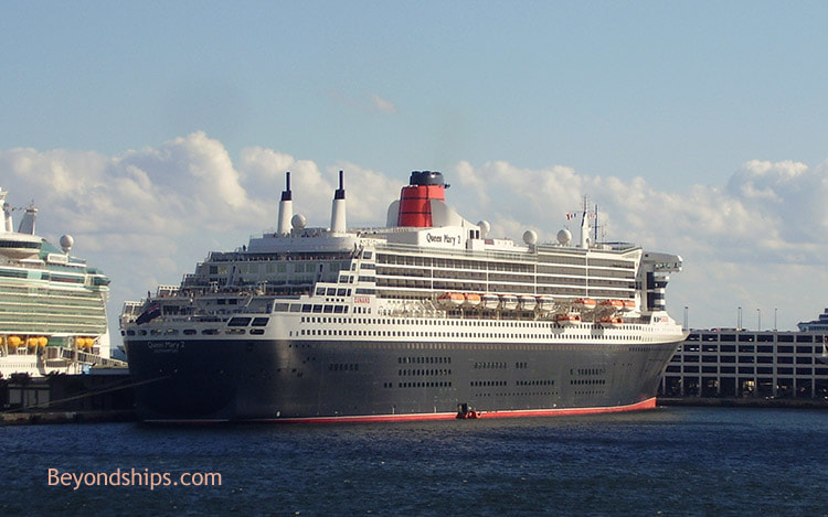 Queen Mary 2 in Port Everglades