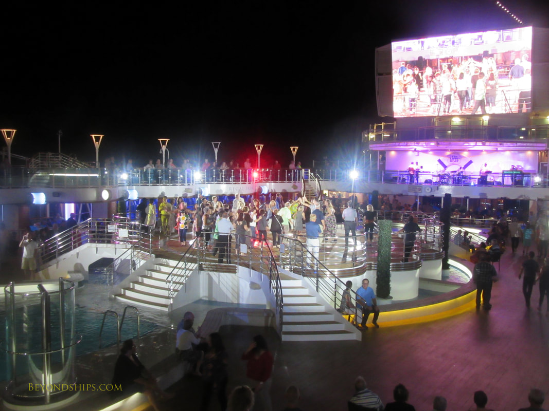 Party on cruise ship Regal Princess